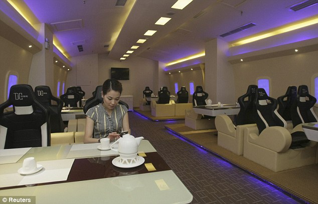 a380-themed-restaurant-in-chongqing-china